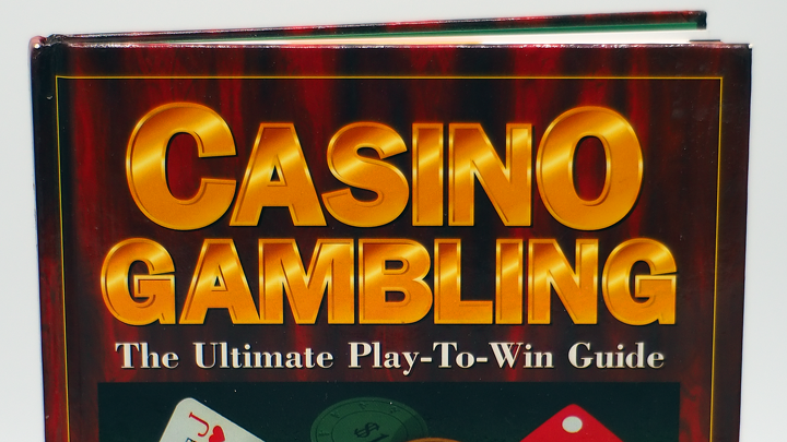 Casino Gambling: The Ultimate Play to Win Guide by Roger Gros